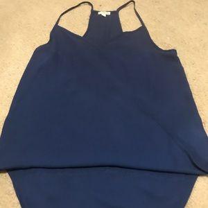 Super cute navy color blouse!